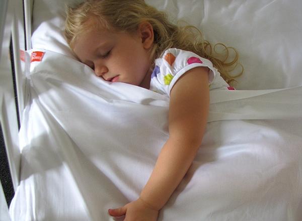 zipper crib sheets - crib size toddler bed zip sheets 2